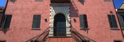 Alberti palace