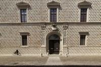 El magnífico palacio construido en 1493, obra maestra del arquitecto y urbanista de corte, Biagio Rossetti.