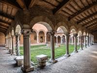 Ce musée de Ferrare, situé dans l'ancienne église de San Romano, fait partie de l'ensemble des musées municipaux d'art ancien ...