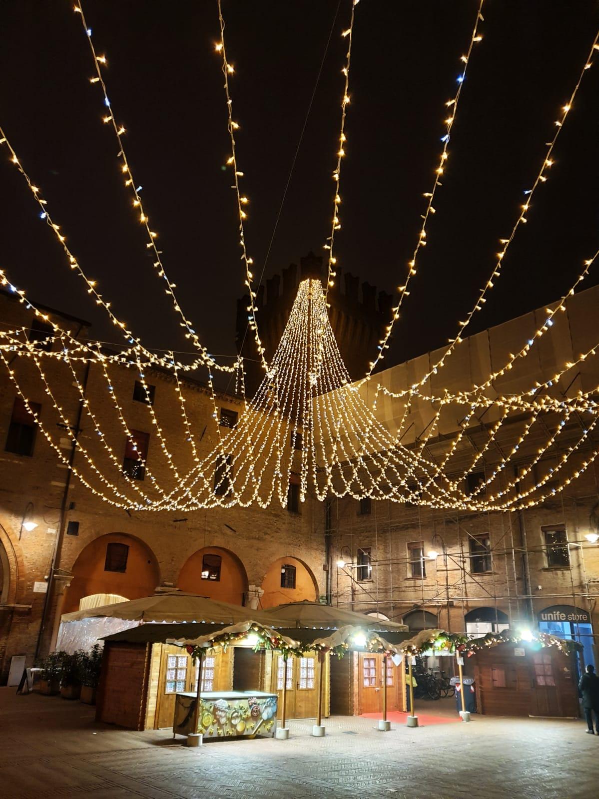 Visitare La Casa Di Babbo Natale.Il Paese Di Babbo Natale Ferrara Terra E Acqua