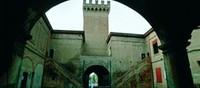 Il Castello, che ora ospita la residenza municipale, è di fondazione medievale e pervenne ai Lambertini nel XV secolo.