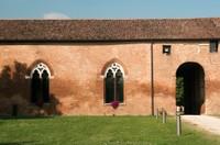 Sorta per volere di Niccolò d'Este nel 1435, fu la prima delle celebri residenze estensi ad essere edificata fuori dalle mura di Ferrara e rimase sempre la più ricca e sontuosa